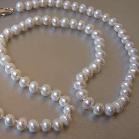 Бусы, колье, ожерелья.  Бижутерия из жемчуга.  Лидеры продаж - самые популярные украшения в нашем...