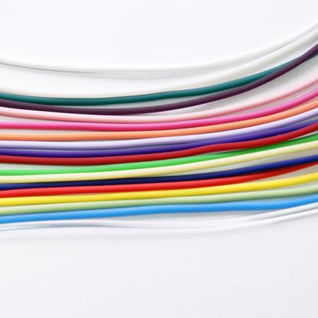 Ювелирная бижутерия.  Шнурок каучуковый цветной толщина 2-3 мм, 50 см. Кулоны, подвески.  Наборы украшений.